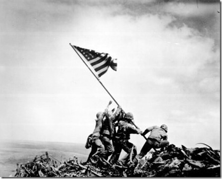 Iwo_Jima_flag_raising