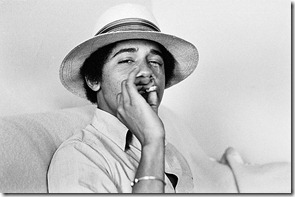 obama_smoking_joint