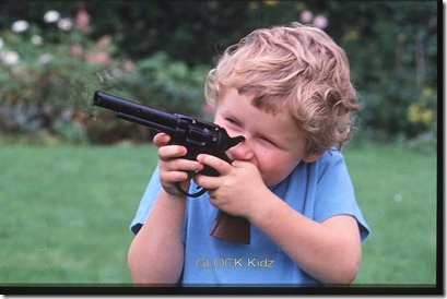 gun kid article-0-004BBF0F00000258-223_468x317_popup
