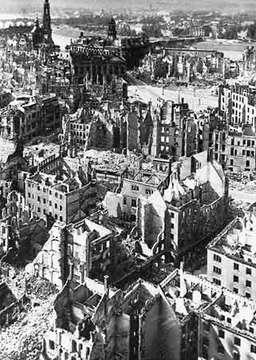 Dresden_post_war